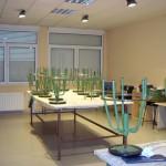 Taller de pintura, esmaltes y manuales