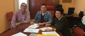 Personal Laboral y Ayuntamiento firman su primer convenio colectivo